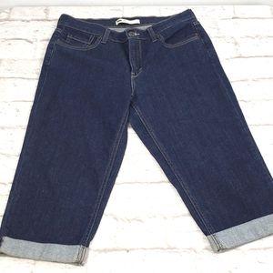 Levi's Women's Cuffed Capri Jeans size 10